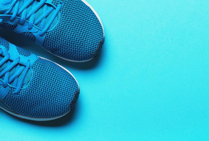 Izvēlieties zīmolu apavus